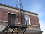 Roof Top Ladder With Safety Cage